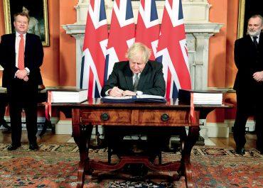 I čeští politici jsou součástí britského systému